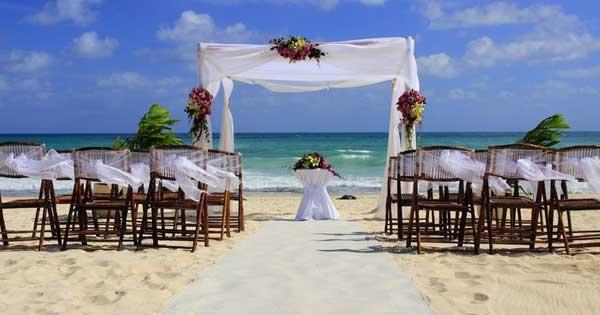 Matrimonio In Spiaggia Nel Lazio : แต่งงานริมทะเล เนรมิตงานแต่งในฝันให้เป็นจริงด้วยเทคนิคง่าย ๆ