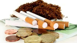 คุณคิดอย่างไรกับการขึ้นภาษีบุหรี่ ทำราคาขยับพุ่งสูงปรี๊ดในขณะนี้ ?